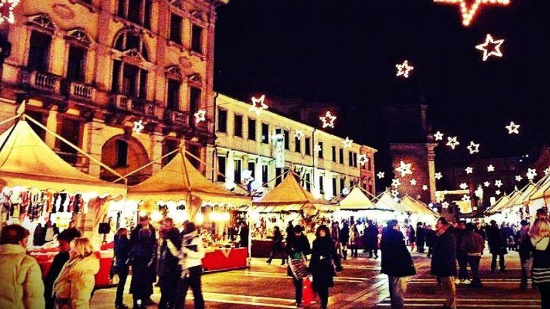 A spasso tra i mercatini da visitare a Venezia e a Roma