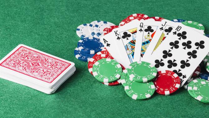Il gioco del poker spiegato dalle piattaforme/casino